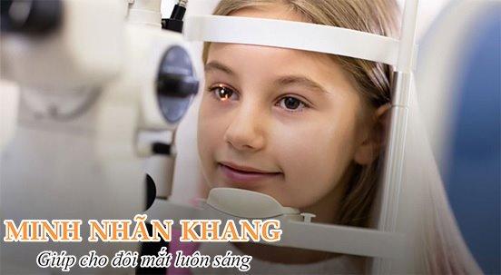 Phẫu thuật đục dịch kính ở trẻ em chỉ nên thực hiện khi bệnh quá nặng